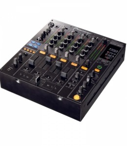 PIONEER DJM800 – €50 P/D