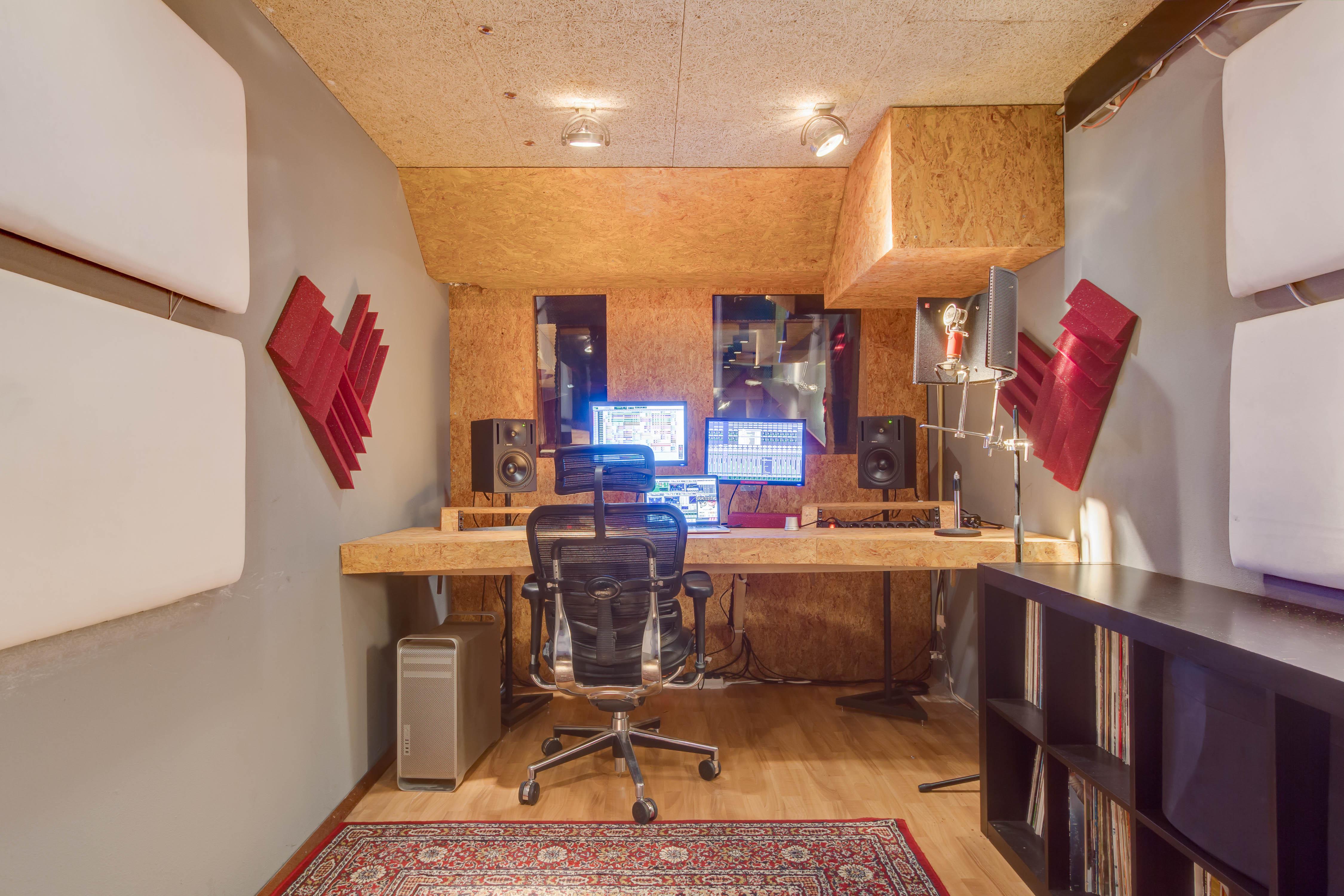 Studio page